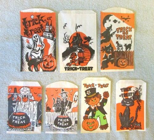7 Halloween Paper Trick or Treat Candy Snack Bags Vtg lot Witch Ghoul Ghost