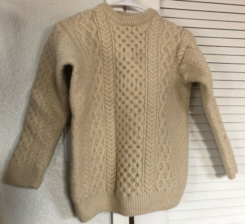 IrelandsEye Irish Natural Wool Fisherman Cable Crewneck Sweater Merino