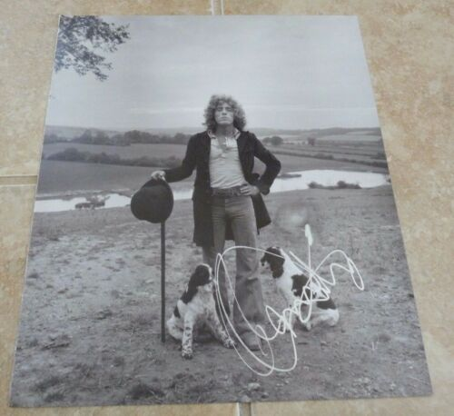 The Who Roger Daltrey Signed Autograph10x12 Book Photo Beckett Certified Read F1