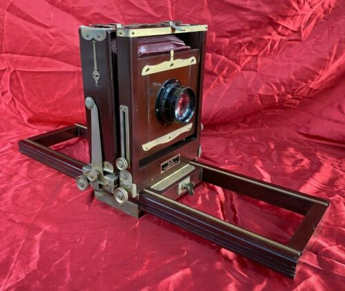 """Vintage Wood Eastman 5x7"""" View Camera No. 2-D with Tripod & Case"""
