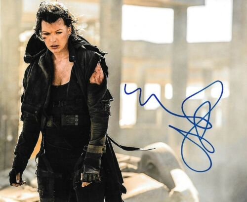 * MILLA JOVOVICH * signed autographed 8x10 photo * RESIDENT EVIL * 2