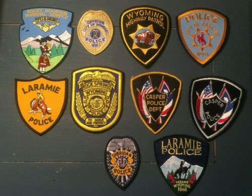 LOT OF 10 DIFFERENT WYOMING  SHOULDER PATCHES I075