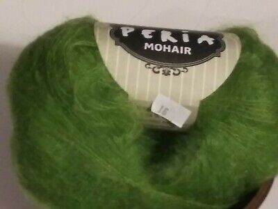 Lot of 2 Balls of Feza Peria Mohair Yarn   984 total yards Color#16 Grass -
