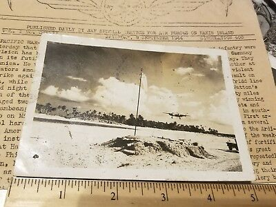 "1943-1944 USMC VMF-111 5"" Photo Makin Island PHOTO USAAF B-25 Landing WW2 USAAF"