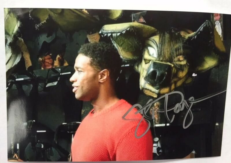 "L. Steven Taylor  Signed Color Photo 6""X4""   Mufasa in  Broadway's The Lion King"