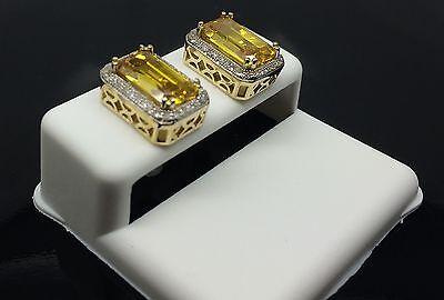 For Men/Women 10K Yellow Gold 0.20CT Rectangular Shaped Earring With CentreStone