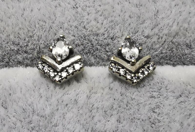 Pandora Studs Earrings 297787CZ Classic Wishes S925 ALE