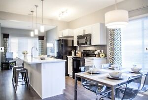 Townhouse in West Edmonton: 2 bed, 2.5 bath Available Mar 1