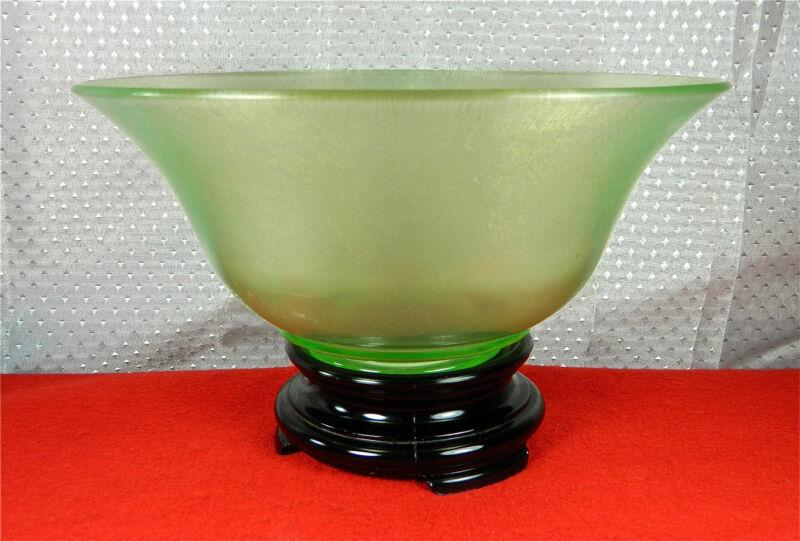 "10 1/4"" FLORENTINE GREEN STRETCH GLASS BOWL W/BLACK PEDESTUL STAND"