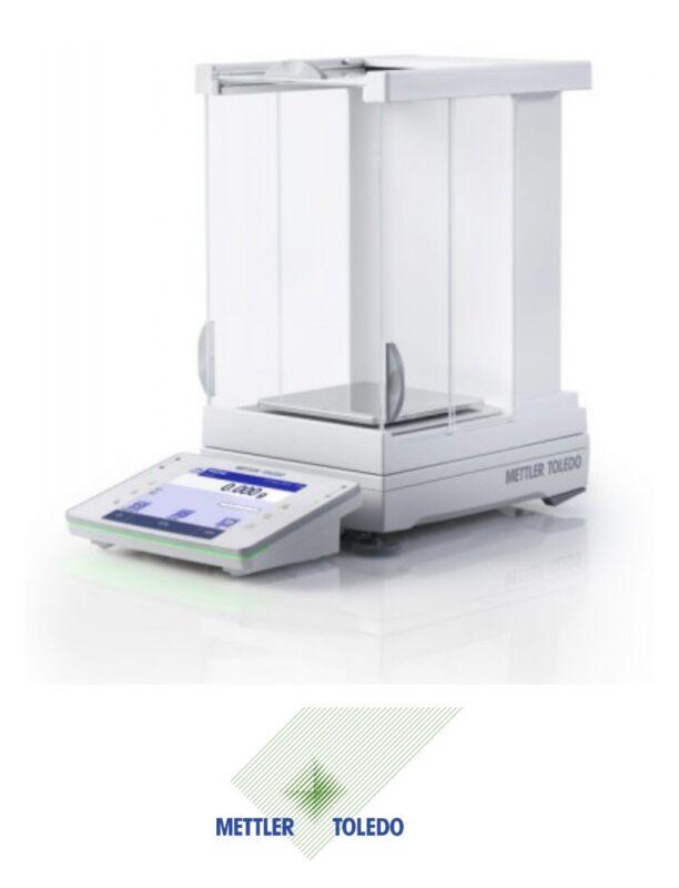 NEW w/ BOX METTLER TOLEDO XP404S Precision Balance W/ Draft Shield & WeighingPan