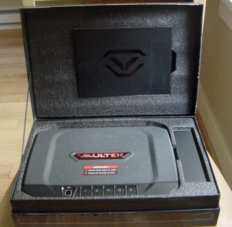 Vaultek VT20i-BK Bluetooth Biometric 20 Series Smart Safe - Open Box