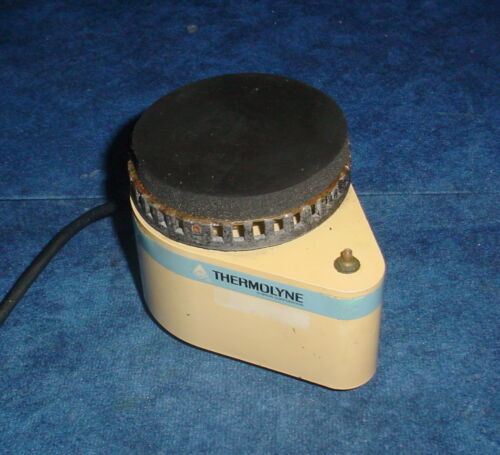 Thermolyne Maxi-Mix M-16715 Series 16700 Test Tube Mixer 300 RPM 120VAC/50-60Hz