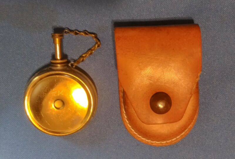 Vintage Brass Banjo Oiler + Free Leather Pouch