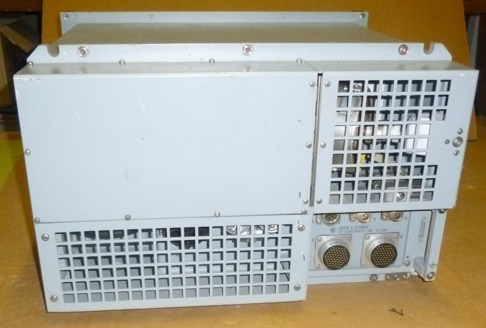 Rohde & Schwarz HF RF Verstärker 1 KW Amplifier | Papenburg