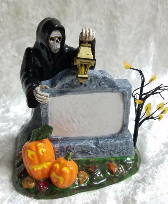 Dept 56 Snow Village Halloween - Halloween Village Sign #56.53044 - EUC