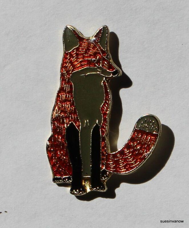 Red Fox Lapel Hat Pin Wild Winter Animal Forest TieTack Pinback