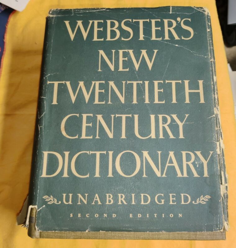 Vintage 1970 Websters New Universal Unabridged Dictionary Second Edition