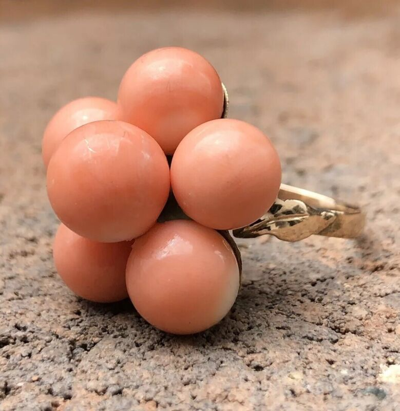 Antique Old Chinese 18k Yellow Gold Carved Angel Skin Coral Ball Flower Ring