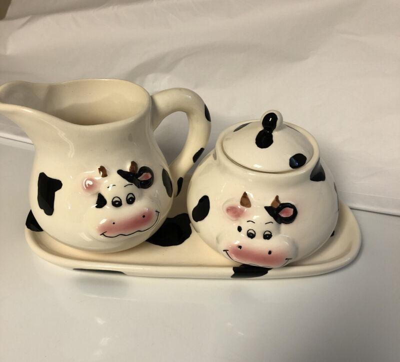 Cute Cow Sugar and Creamer Set