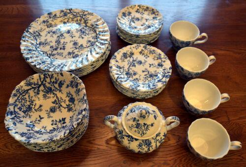 Vintage Johnson Bros.Old Bradbury Blue 42 pieces including Sugar Bowl w/ Top