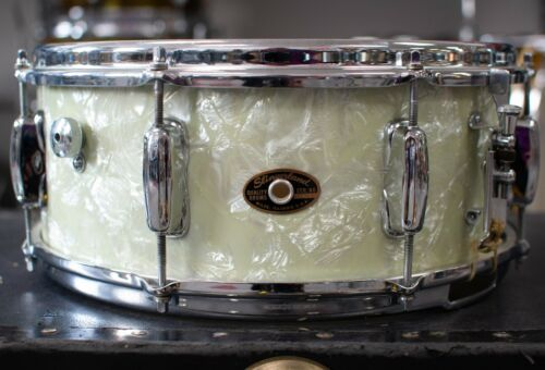 1960s Slingerland 5.5x14 Hollywood Ace White Marine Pearl Snare Drum