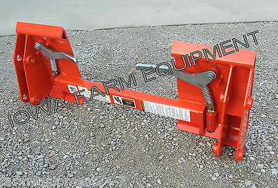 Kubota La852 Loader With Pin-on Bucket To Skid Steer Quick Attach Adapter