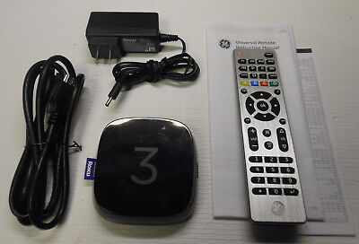 Roku 3 Streaming Media Player (Model 4230X) With Universal Remote