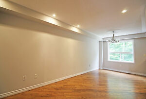 Townhouse in South Barrie- Ravine + Finished Basement- Hawthorne