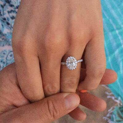 1.70 Ct Oval Brilliant Cut Diamond Halo Engagement Ring E,VS2 GIA 14K White Gold