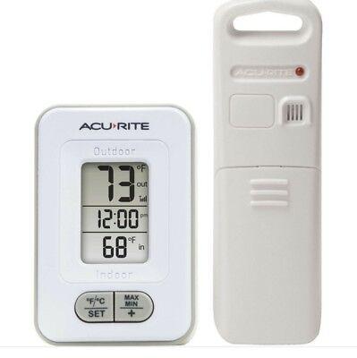 AcuRite Wireless Indoor/Outdoor Weather Thermometer Clock Digital Temperature
