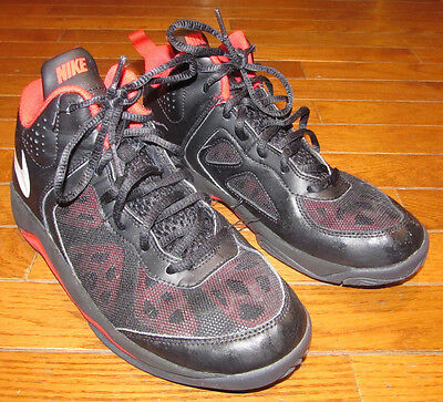 bbe29fc5e8d9f6 Nike Dual Fusion Basketball Fashion Shoes Youth 6 1 2 Y Size 6.5Y Black Red