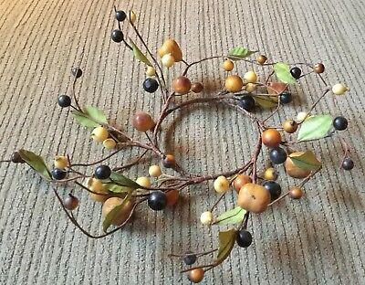 "Small Berry Wreath (Wreath, Berry & Small Pear Wreath, 4"")"
