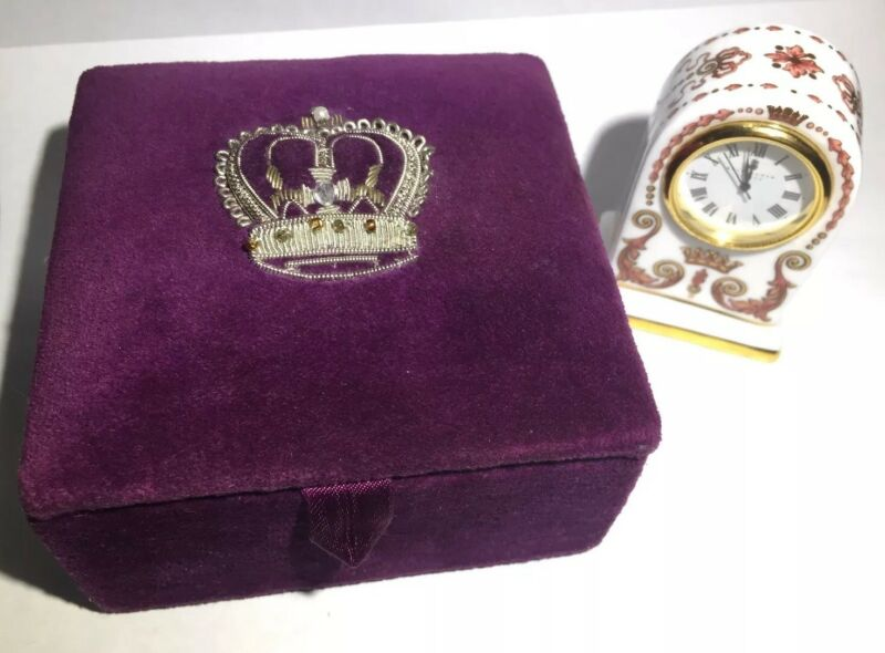 Royal Collection Clock Buckingham Palace Fine Bone England Gold Hand Paint & Box