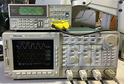 Tektronix Tds644b Digital Real Time Oscilloscope 500mhz 2.5gss 13 1f 2f