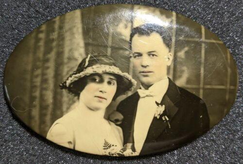 Vintage Marriage Portrait Photographic Pocket Mirror Back Couple