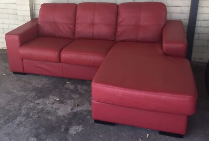 Red L Shaped Leather Sofa/Couch (Indoor/Outdoor) Perth Region Preview