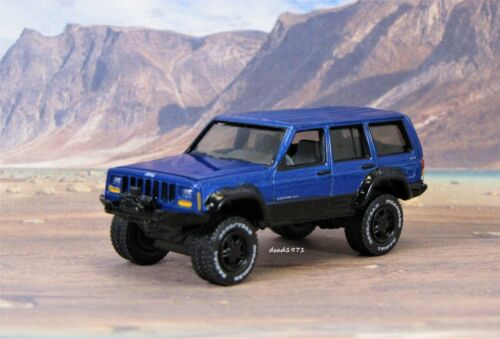 1984 - 2001 Jeep Cherokee XJ 4x4 Off Road Collectible Display Model