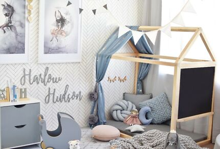 House Shaped Bed / House Bed / Toddler / Montessori Bed
