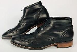 ⭐️⭐️⭐️⭐️⭐️Men's Cole Haan Wingtip leather boots size 10⭐️