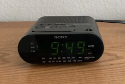 Sony Dream Machine AM/FM Alarm Clock Radio Model ICF-C218, Black, Tested