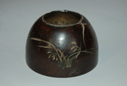 Engraved coconut shell brush washer, orchids, poems, China