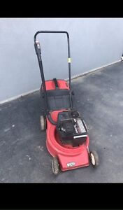 VICTA LAWNMOWER QUICK SALE Liverpool Liverpool Area Preview