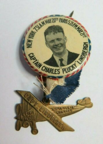 CHARLES LINDBERGH PINBACK BUTTON PLANE SPIRIT OF ST. LOUIS 1927 PILOT