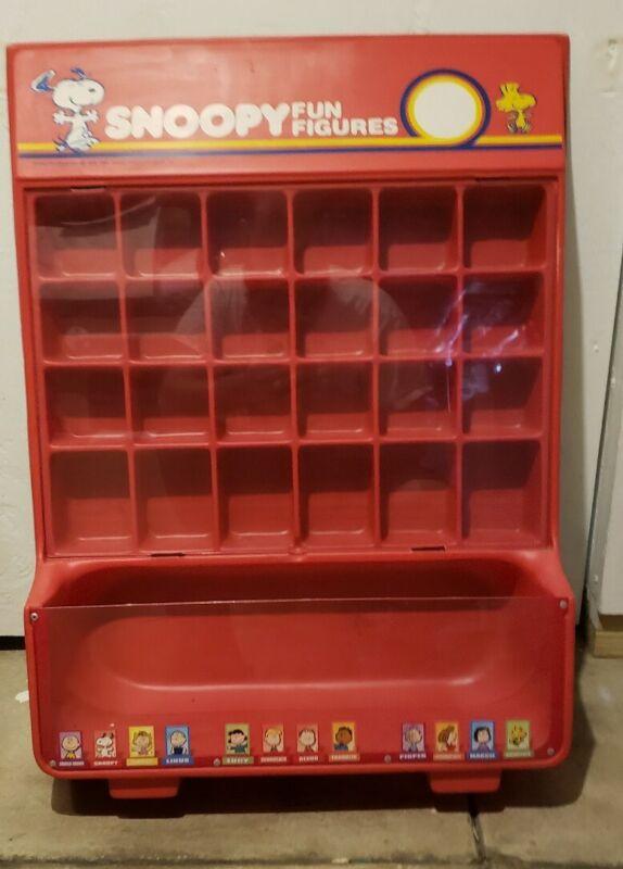Vintage 1980s Snoopy Fun Figures 24 pc Display Shelf