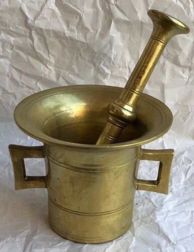ANTIQUE 19TH CENTURY MORTAR AND PESTLE