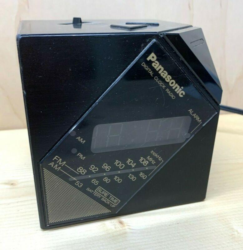 Vintage 80s  Panasonic Balancing Cube Digital Alarm Clock Radio RC-60 WORKS!!!