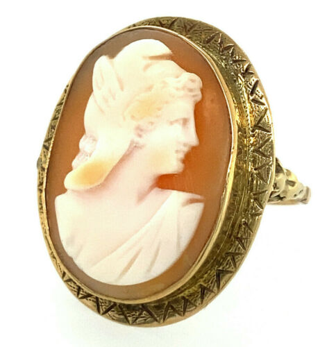 Very Old Psyche Shell Cameo Ring -- Size 6.5 -- in 14K Yellow Gold, 5.3g