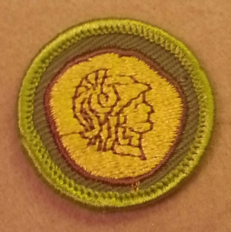 BSA COIN COLLECTING Merit Badge Type F (1961-68) Khaki Rolled Edge  A00146