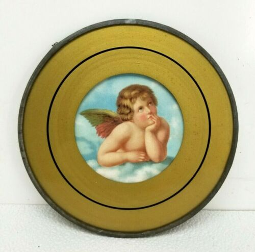 """VINTAGE FLUE COVER Cherub in the Clouds w Gold Border 7"""" with Chain Hanger"""