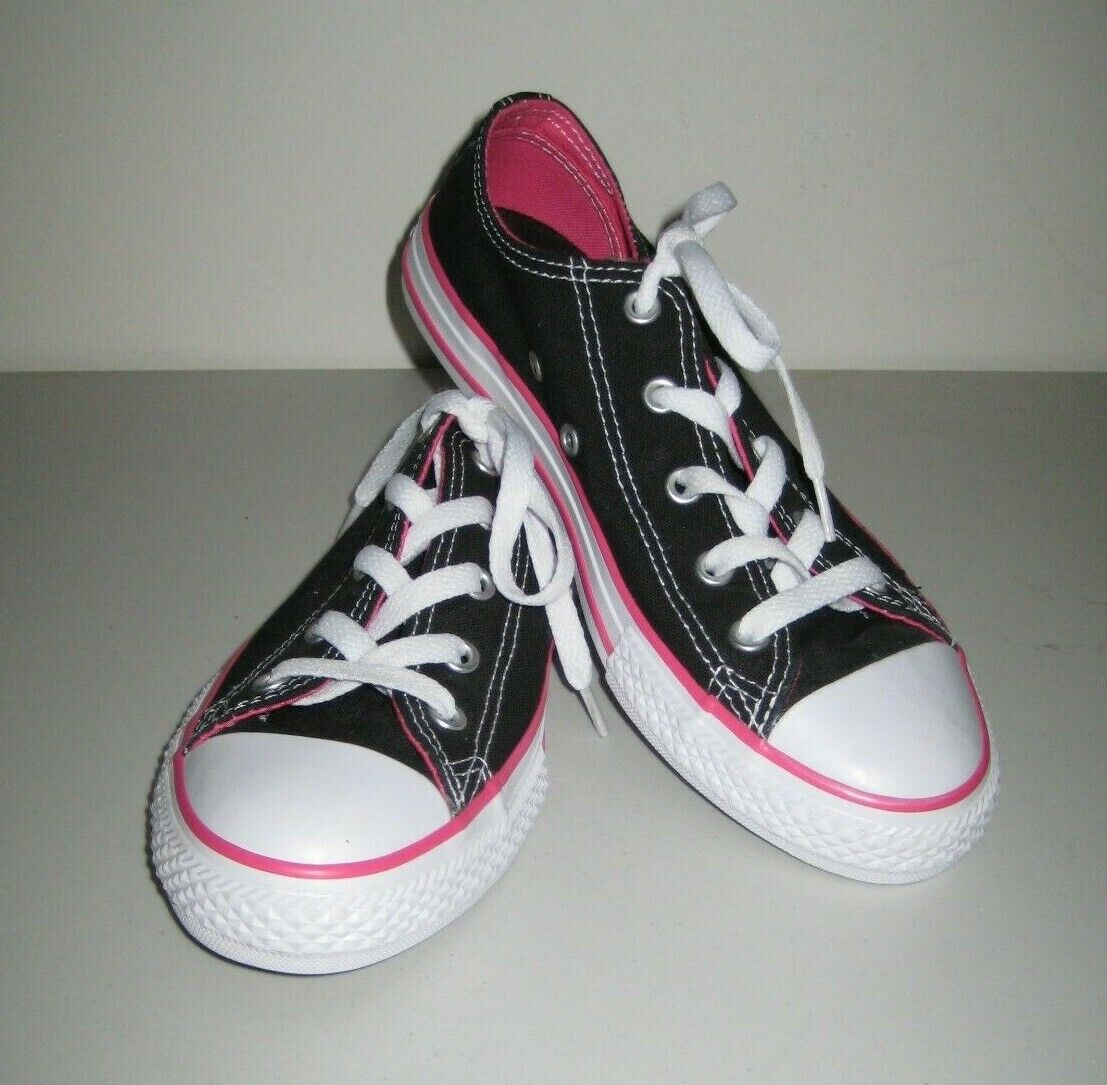 Converse All star Girl's Low Top Sneakers Shoes Size 3 Youth